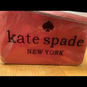 NWT Kate Spade wristlet
